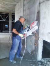 Алмазна різка бетону
